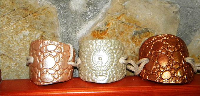 Bracciali in argilla